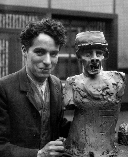 Charlie Chaplin, 1917.