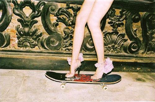 high heels & skateboard